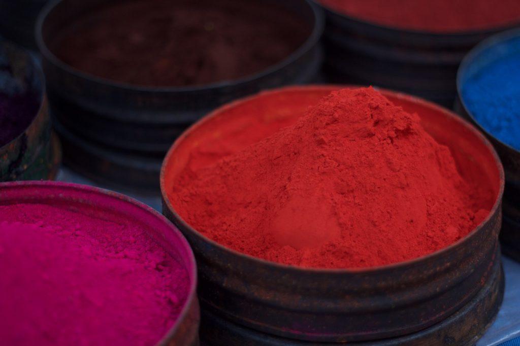 pigmento rosso in polvere